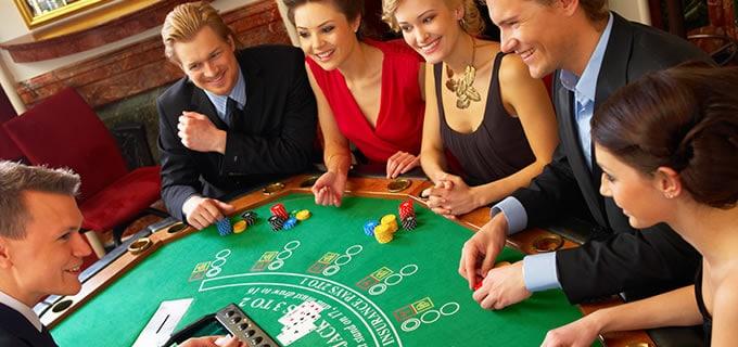 Niagara Falls Casino Getaway Package