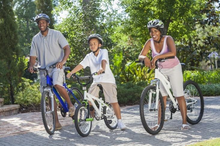 Family Cycling in Niagara