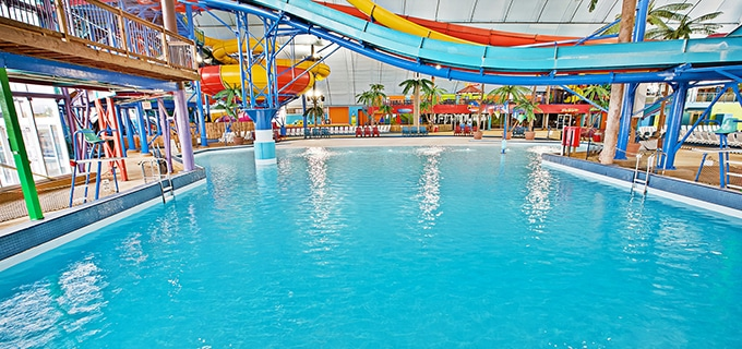 Splash & Swim at Fallsview Indoor Waterpark